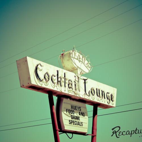 Huey's Saloon - Maplewood, MN
