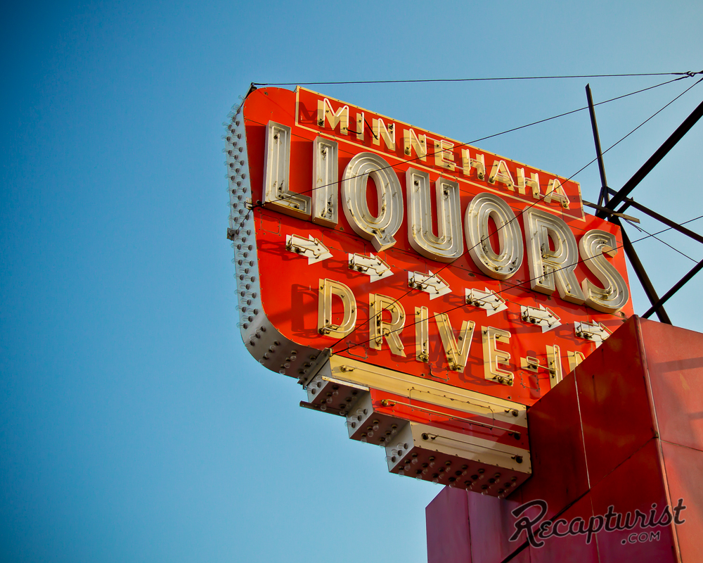 Minnehaha Liquors (Minneapolis, MN)