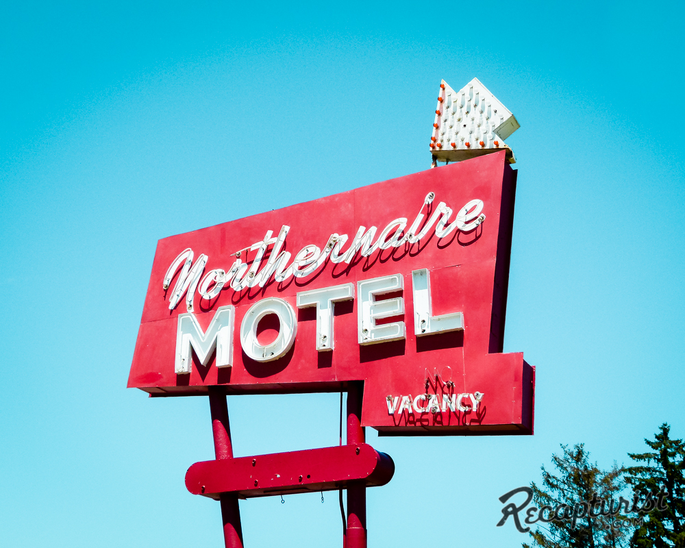 Northernaire Motel (Maplewood, MN)