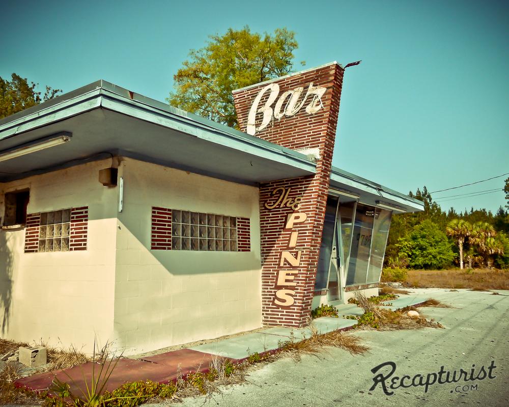 The Pines Bar (Hilliard, FL)