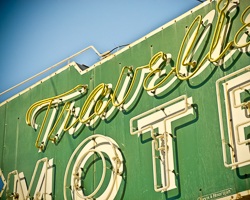 Travelier Motel (Macon, MO)