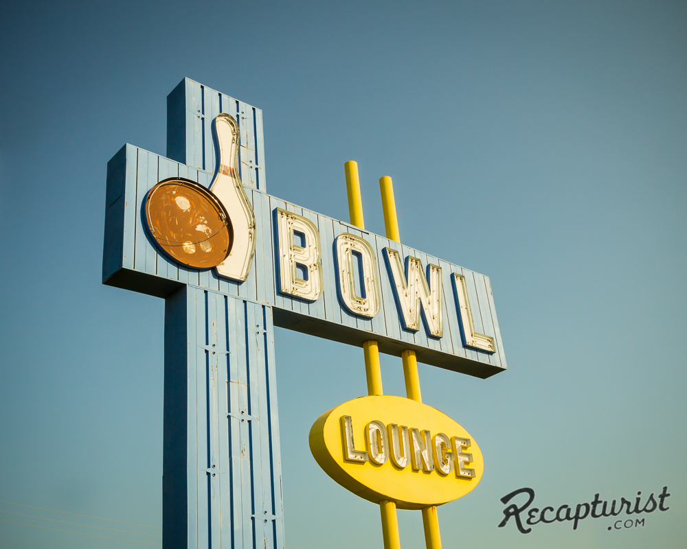 Village Bowl (Aberdeen, ND)