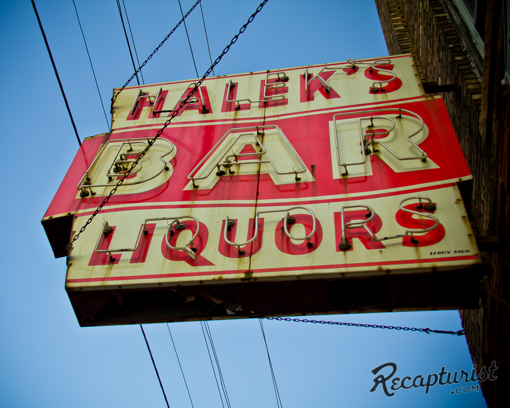 Halek's Bar (Minneapolis, MN)