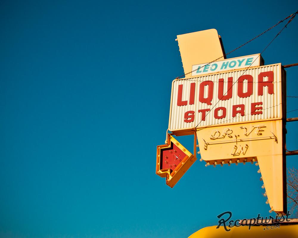 Leo Hoye Liquor (St. Paul, MN)