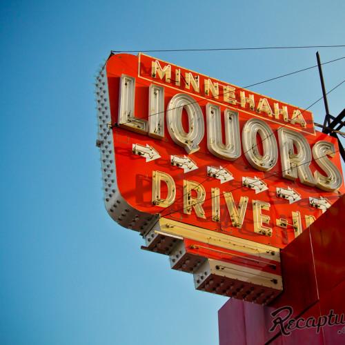 Minnehaha Liquors (Minneapolis, MN)