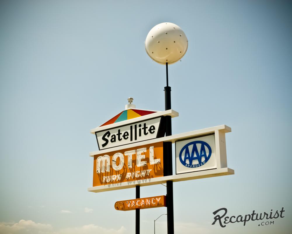 Satellite Motel - Omaha, NE